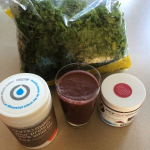 Love my morning smoothie with Osmo Recovery and Pure Clean Powder